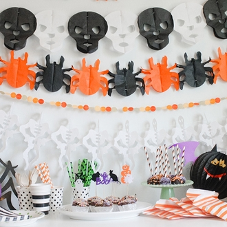 CLEARANCE Halloween Expanding Tissue Garland Candy Skull