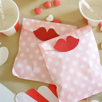 Paper Treat Bags 24pcs Medium Polka Dot Light Pink