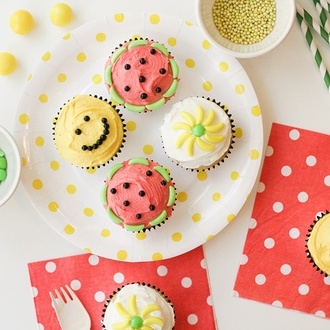 Round Party Paper Plates 9in 12pcs Lemon Yellow Polka Dot