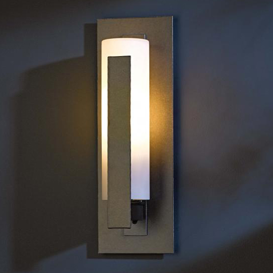 Hubbardton forge 307285 vertical bar led outdoor wall for Fixture exterieur led