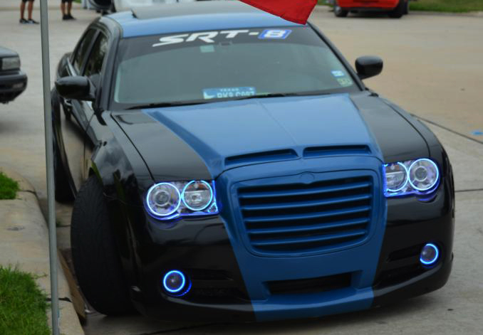 Chrysler 300 300C VENOM Functional Ram Air Hood 05-10