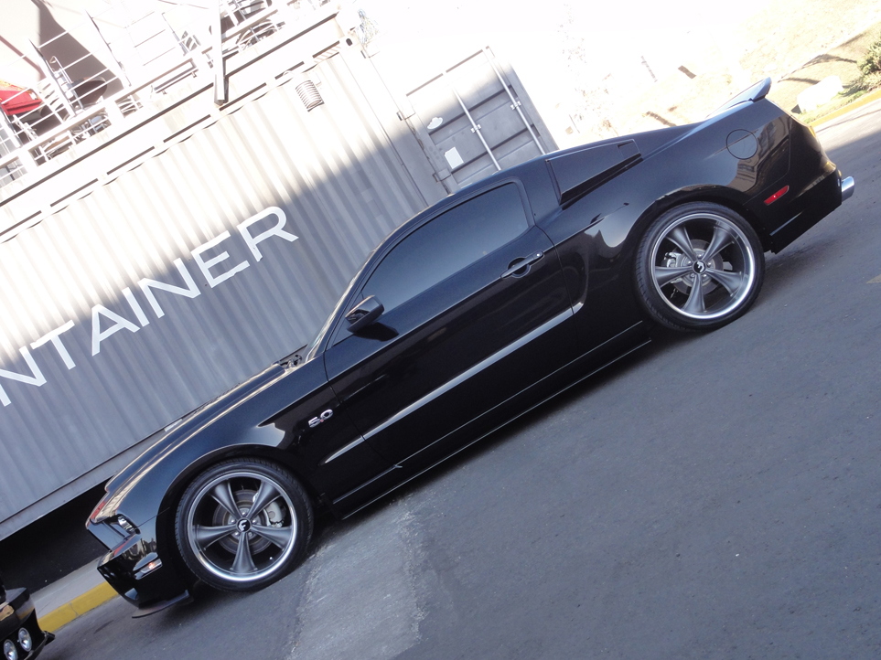 2010 2012 mustang body kits mustang parts. Black Bedroom Furniture Sets. Home Design Ideas