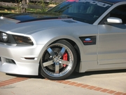 RKSport Ford Mustang Vented Fenders w/ Carbon Fiber Inlay 2010-2014