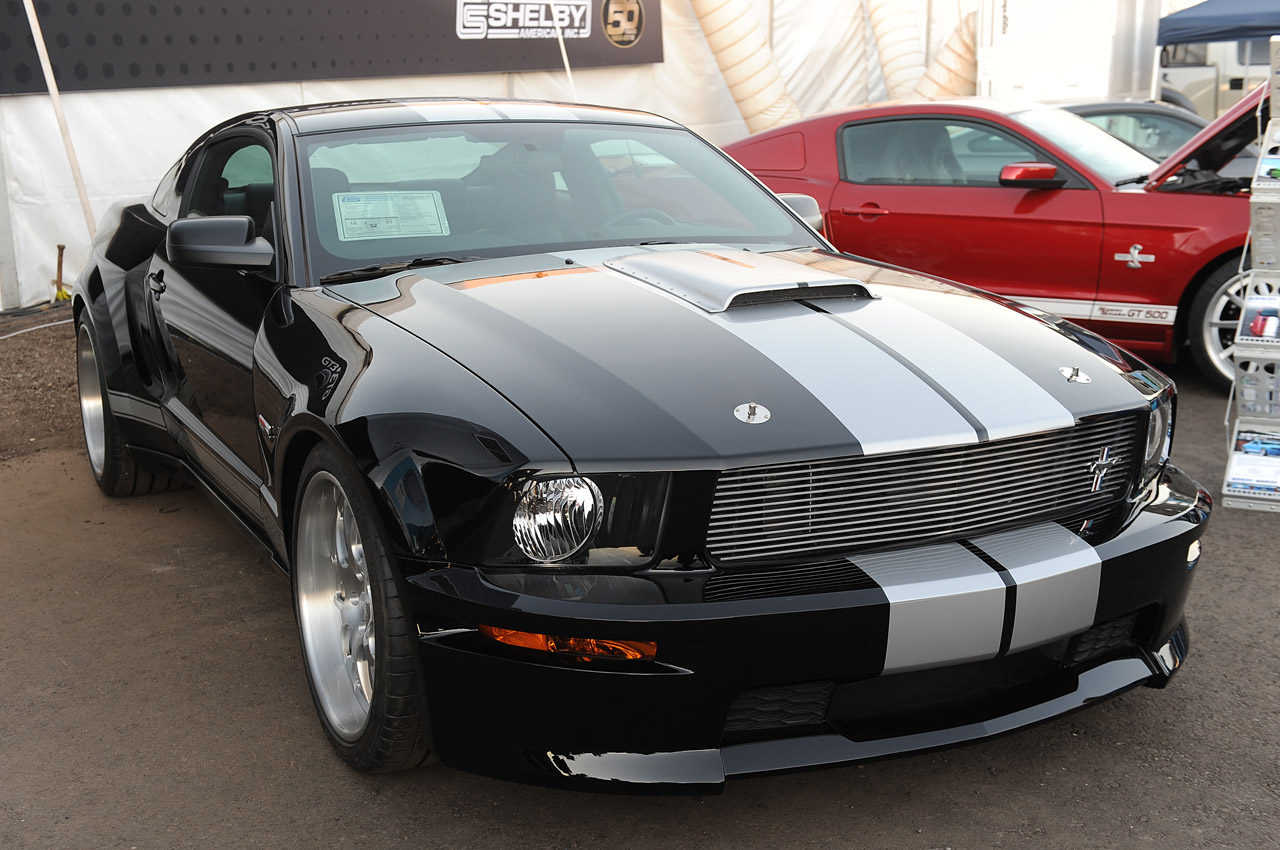 shelby wide body kit for ford mustang gt500 2005 2009. Black Bedroom Furniture Sets. Home Design Ideas