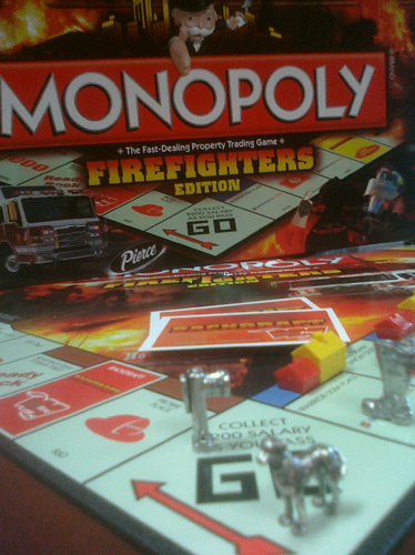 Firefighters Monopoly Limited Edition Board Game GREAT GIFT!