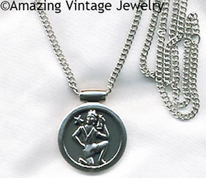 ASTROLOGY Necklace - Aquarius