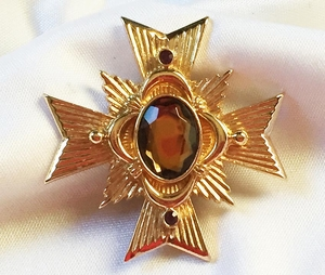 AVON Maltese Cross Pin