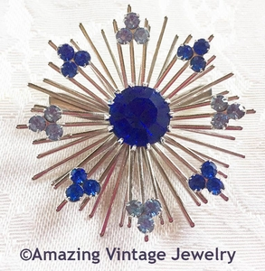 BLUE SNOWFLAKE Pin