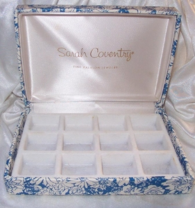 Blue/White Floral Jewelry Storage Box