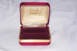 Burgundy Sarah Coventry Ring Box