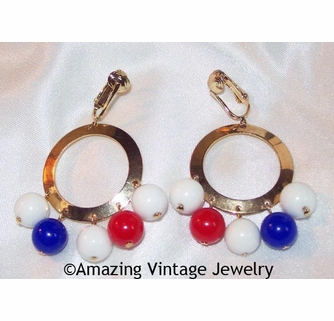 Red Geometric Goldentone Clip Signed 3609 Sarah Coventry AMERICANA Earrings 1971 Patriotic White Eye-Catching Vintage Designer Blue