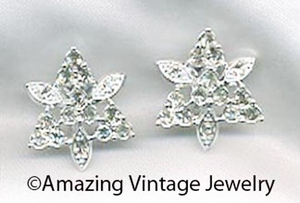 CRYSTAL SNOW FLAKES Earrings