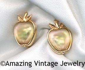DELICIOUS Earrings - Tiny