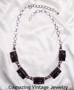 EBONY CLASSIC Necklace