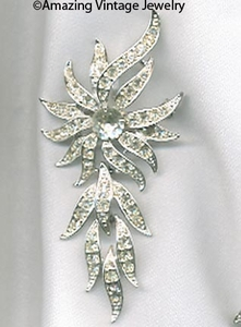 EVENING ACCENT Pin