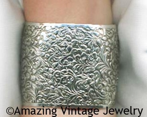 FASHION CUFF Bracelet - Pewter