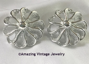 FASHION-ROUND Earrings - silvertone