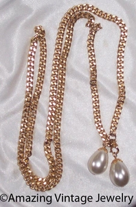 FASHION WRAP Necklace - Goldtone