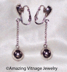 FASHIONETTE Earrings - Silvertone