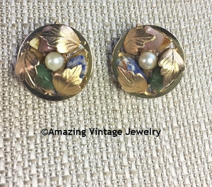 FLOWERED CIRCLE Earrings