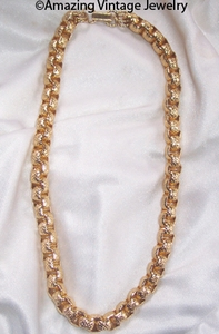 GOLDEN NUGGET Necklace