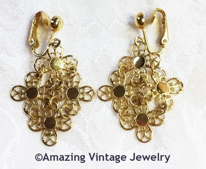 GOLDEN PETALS Earrings - Clip