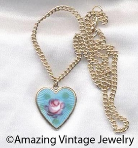 HEARTS AND FLOWERS Necklace - Blue
