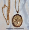 HEIRLOOM LOCKET Necklace - Wrong chain