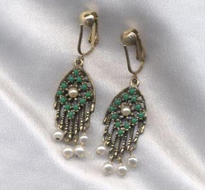 HEIRLOOM TREASURE Earrings