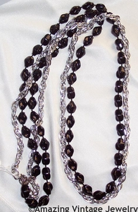 HOLIDAY BEADS Necklace Set - Jet/Silvertone