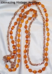 HOLIDAY BEADS Necklace Set - Tortoise/Goldtone