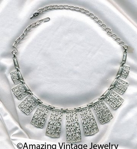 LADY OF SPAIN Necklace
