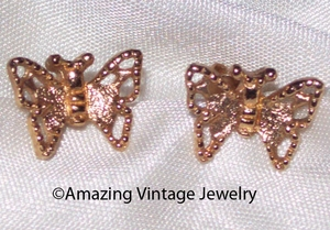 MADAME BUTTERFLY Earrings - Goldtone