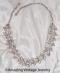 PARISIENNE NIGHTS Necklace