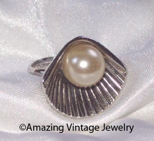 PEARL OF THE SEA Ring