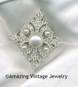 PERSIAN PRINCESS Pin