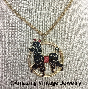 PUPPY LOVE Necklace