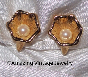 Sarah Coventry Goldtone Shell/Faux Pearl Earrings
