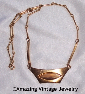 SATIN BEAUTY Necklace