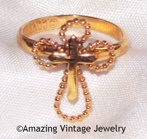SERENITY CROSS Ring - Goldtone