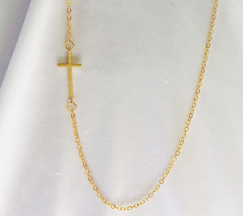 Simple Gold Side Cross Necklace