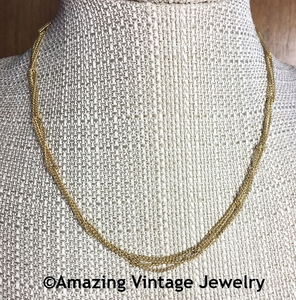 SIMPLY ELEGANT Necklace