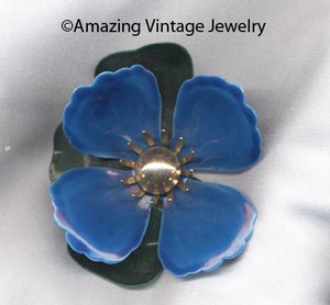 TAHITIAN FLOWER Pin - Blue
