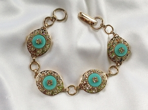TURQUOISE IN CRYSTAL Bracelet