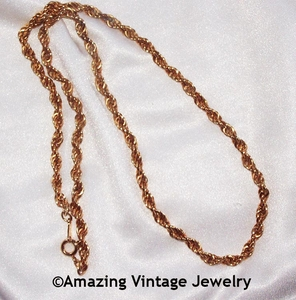 Twisted Goldtone Chain