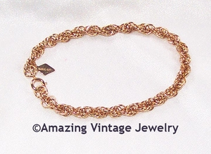 TWISTED ROPE Bracelet - Goldtone