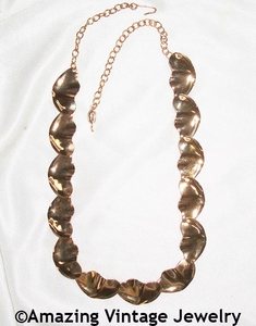 WAVE LENGTH Necklace