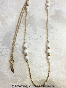WHITE ELEGANCE Necklace