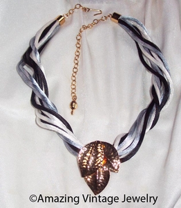 WIND SONG Necklace