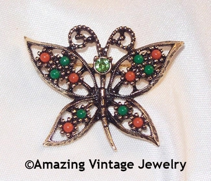 WINGS OF FASHION Pin